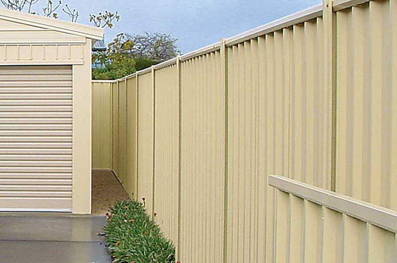 Friendly Neighbour Fencing